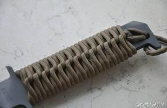 一把漂亮的刀没有拉风的缠绳怎么行?三分钟学会3种刀柄缠绳!