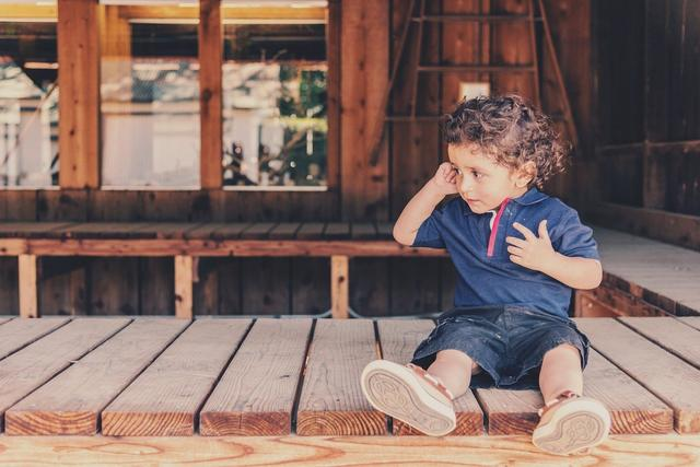 怎样询问孩子在校情况(生孩子几种危险情况)