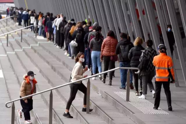 1881例!澳大利亚新州死亡破210!新型变异MU席卷40国,中国宣布严控入境,或隔离42天