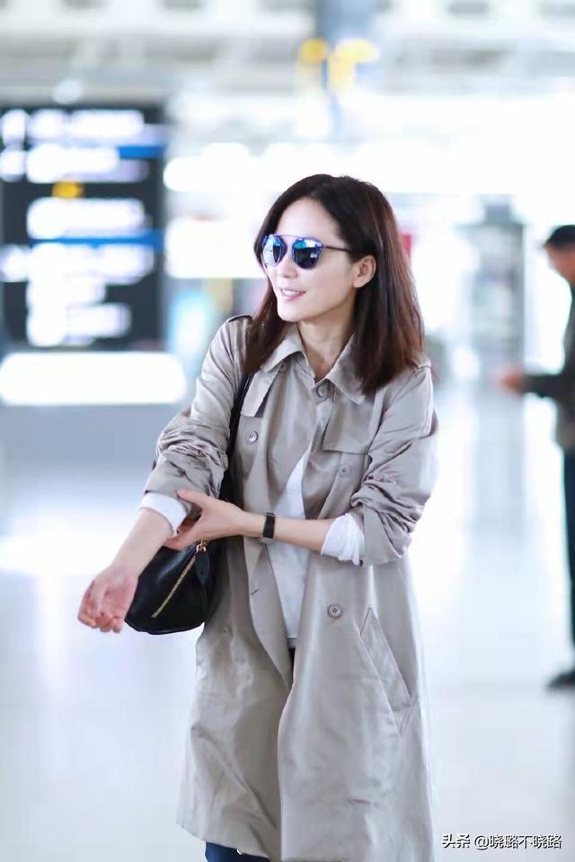 真正见过世面的女人,穿风衣很少配小黑裤,看陈数俞飞鸿就知道了8981 作者:admin 帖子ID:21625