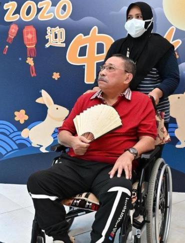 李连杰老搭档深夜紧急入院,曾中过风还患糖尿病,醒后乐观报平安