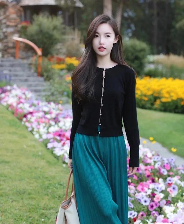 安闲优雅,气质女孩的初秋搭配4752 作者:admin 帖子ID:21624