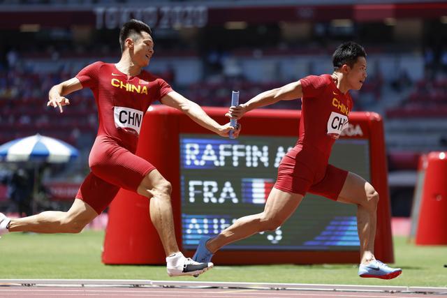 奥运头条 伊藤美诚集齐金银铜牌,今日望接力外现中国速度