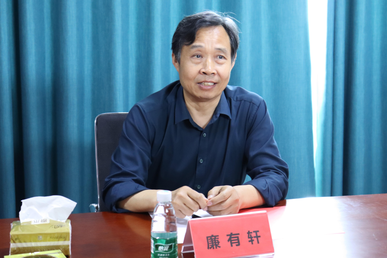 河南工程学院与沁润泽环保签署校企合作协议并授牌(图3)