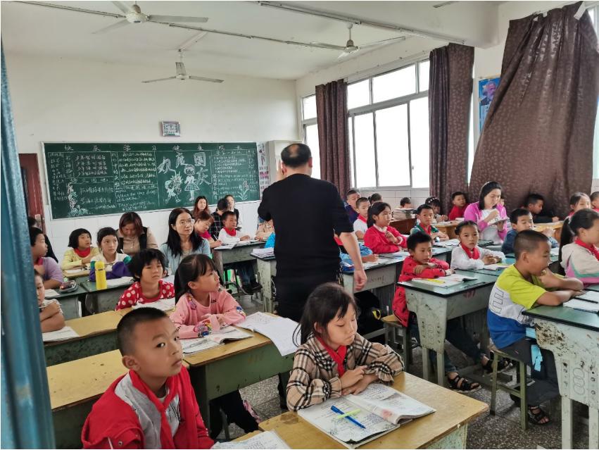 宜宾市叙州区柏溪街道喜捷小学校开展集体备课活动