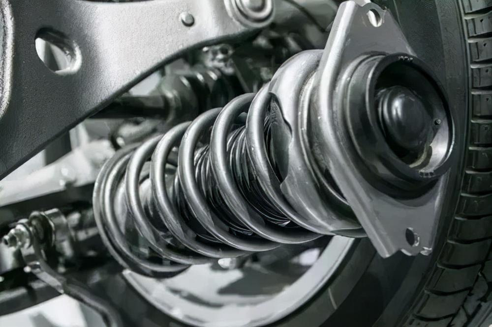 汽车减震器多久更换一次?