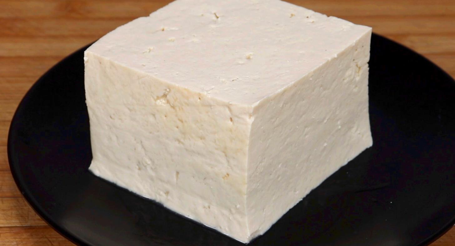 豆腐最简单的家常做法,2分钟教你,很多人没试过,出锅真香