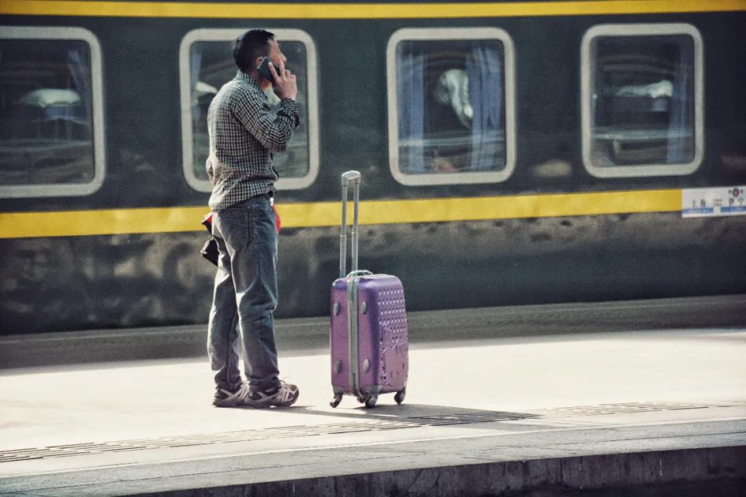 一位北京地铁民警写下213个真实故事 我看后整个