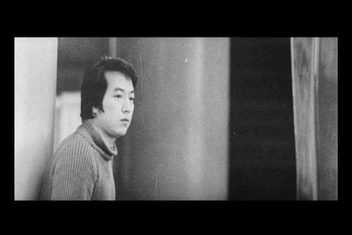 荒野浪妻影片剧照2